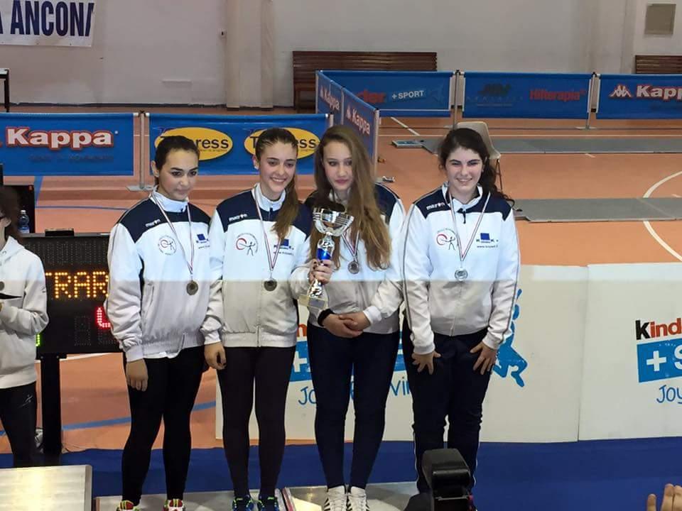 Le ragazze del Circolo Schermistico Dauno terze ai campionati italiani assoluti