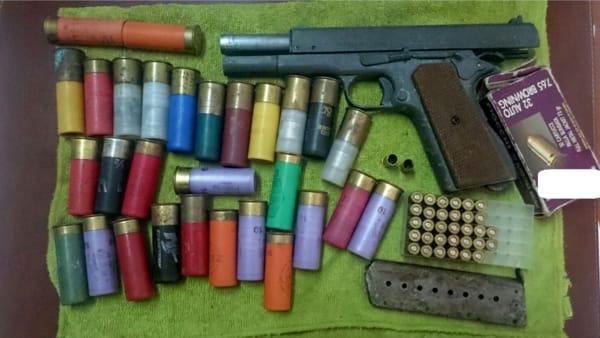 Carpino, arrestato Michele Gallo: pistola e munizioni