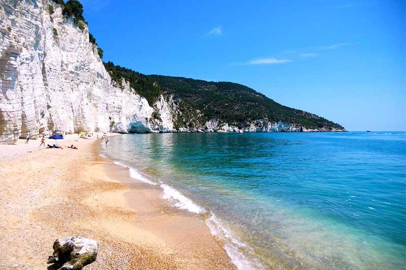 spiaggia mattinatella mattinata più belle spiagge gargano