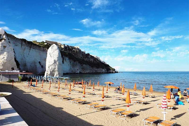 spiaggia pizzomunno vieste più belle spiagge gargano