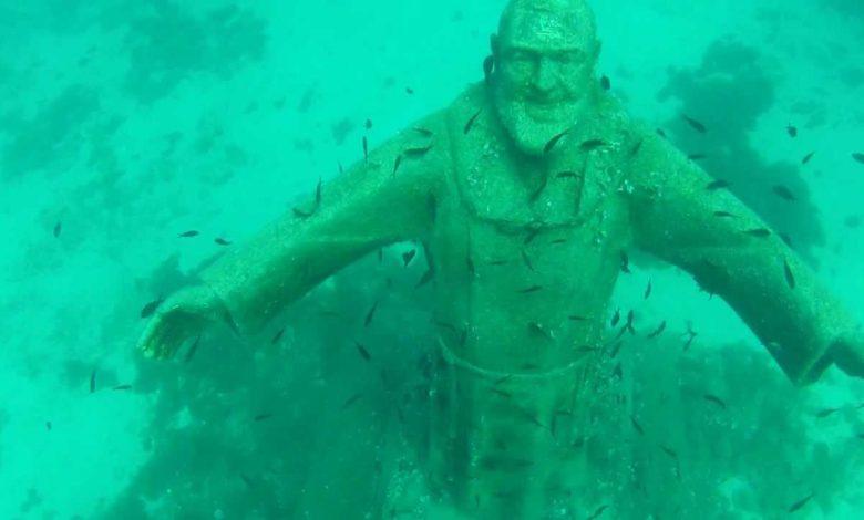Statua di Padre Pio alle isole Tremiti