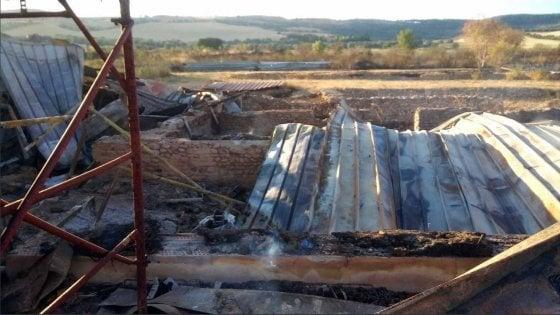 Faragola (Foggia), un incendio distrugge importante sito archeologico