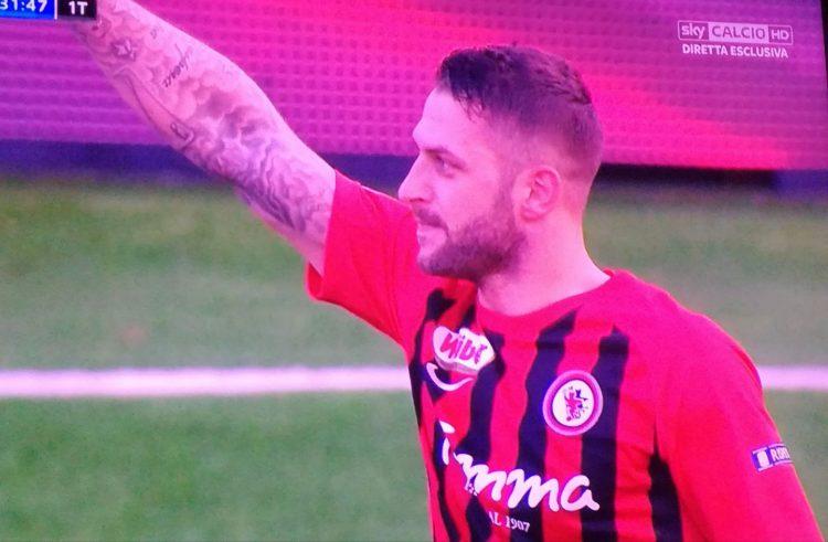 Il Foggia rinasce con l'Entella (2-1) Stroppa: una vittoria per Sannella