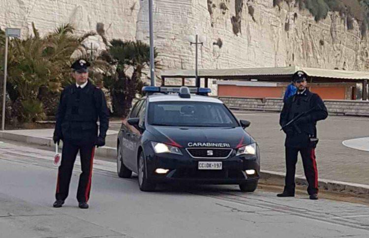 https://www.foggiareporter.it/wp-content/uploads/2018/01/carabinieri-vieste-5-750x485.jpg