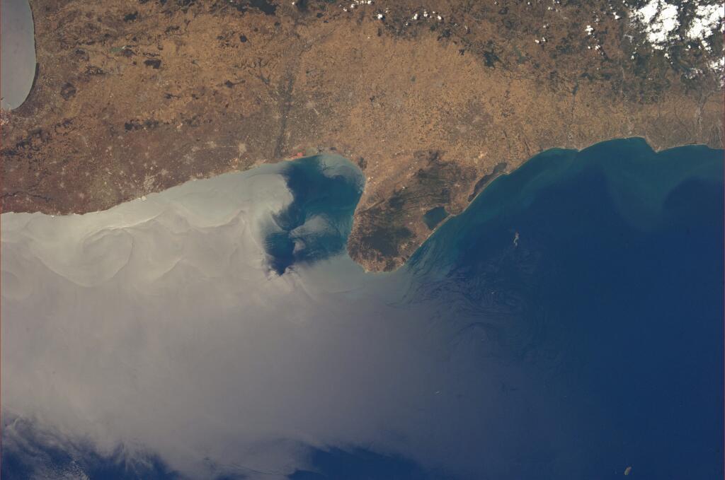 Puglia dallo spazio