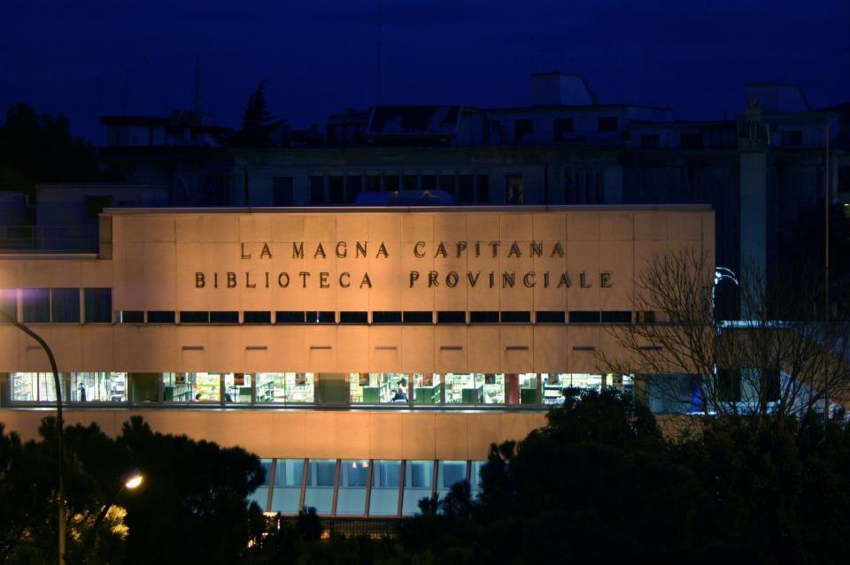 """Biblioteca Provinciale """"La Magna Capitana"""""""
