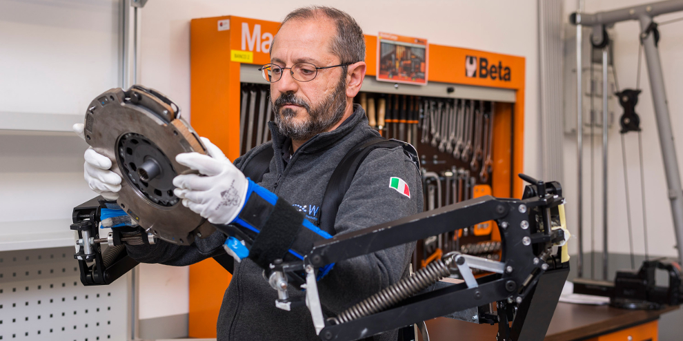 FCA WCM - Exoskeleton