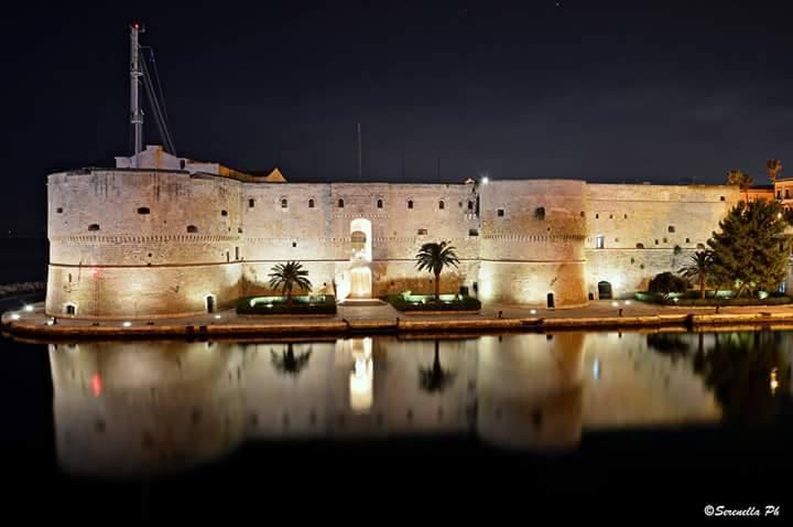 Taranto Castello Aragonese Serenella Veneziano