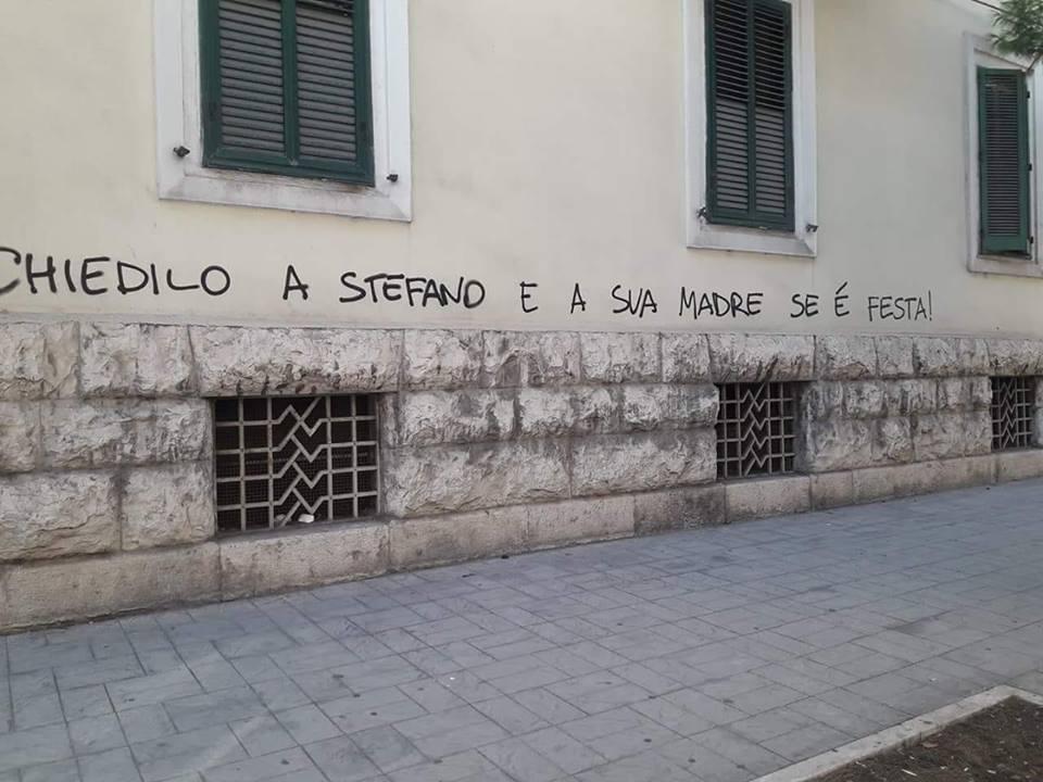 Scritta Per Stefano Cucchi