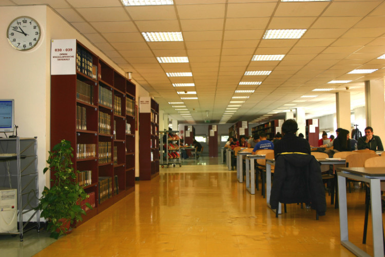 biblioteca provincial foggia boutique - photo#3