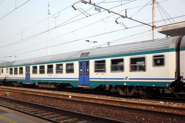 Derubato Nel Sottovia Ferroviario