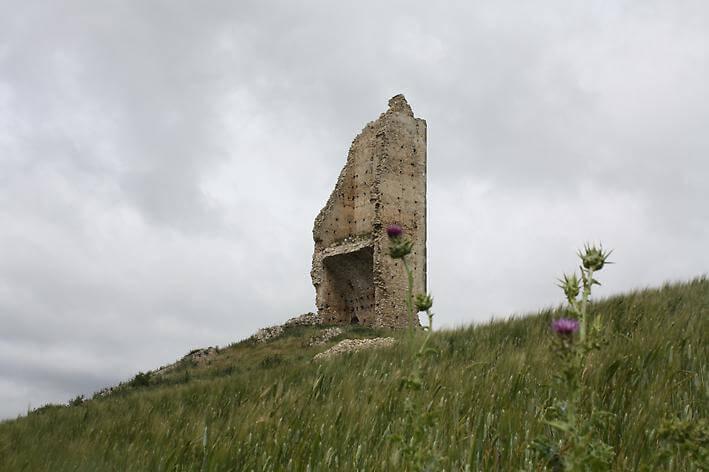 Torre Di Montecorvino