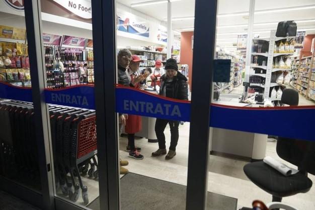 Lo Scorso Anno Ha Rapinato Un Supermercato, è Stata Emessa Sentenza Di Incarcerazione