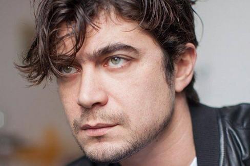 Riccardo Scamarcio A Foggia Per Le Riprese Del Suo Prossimo Film