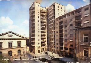 Piazza Cesare Battisti Grattacielo