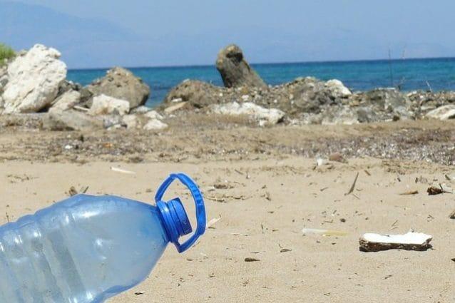 puglia plastica spiagge
