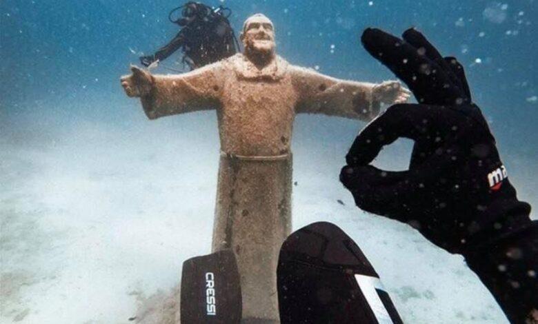 statua padre pio tremiti