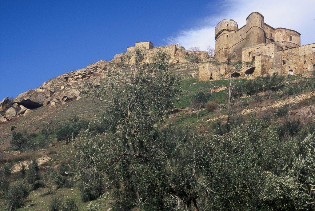 castello d'aquino rocchetta