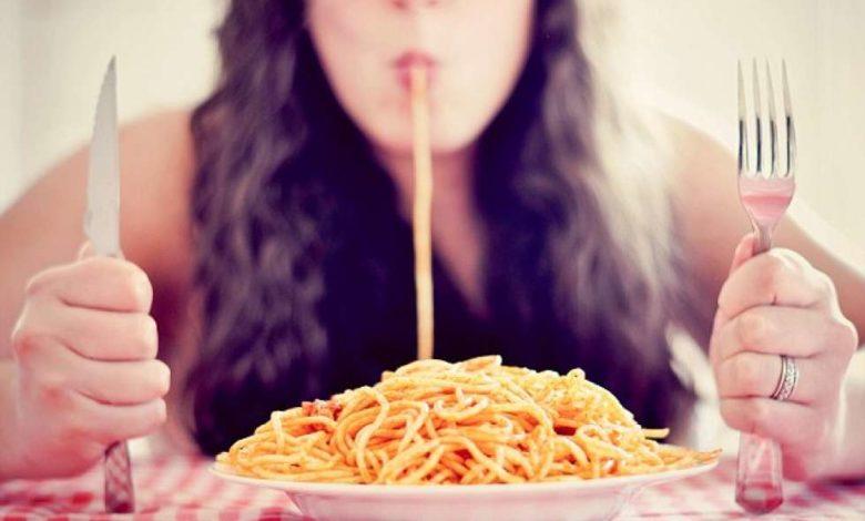 mangiare pasta a cena