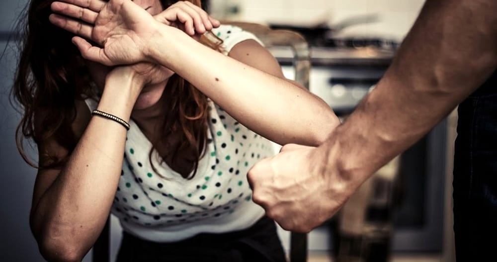 foggia violentava la moglie arrestato pregiudicato