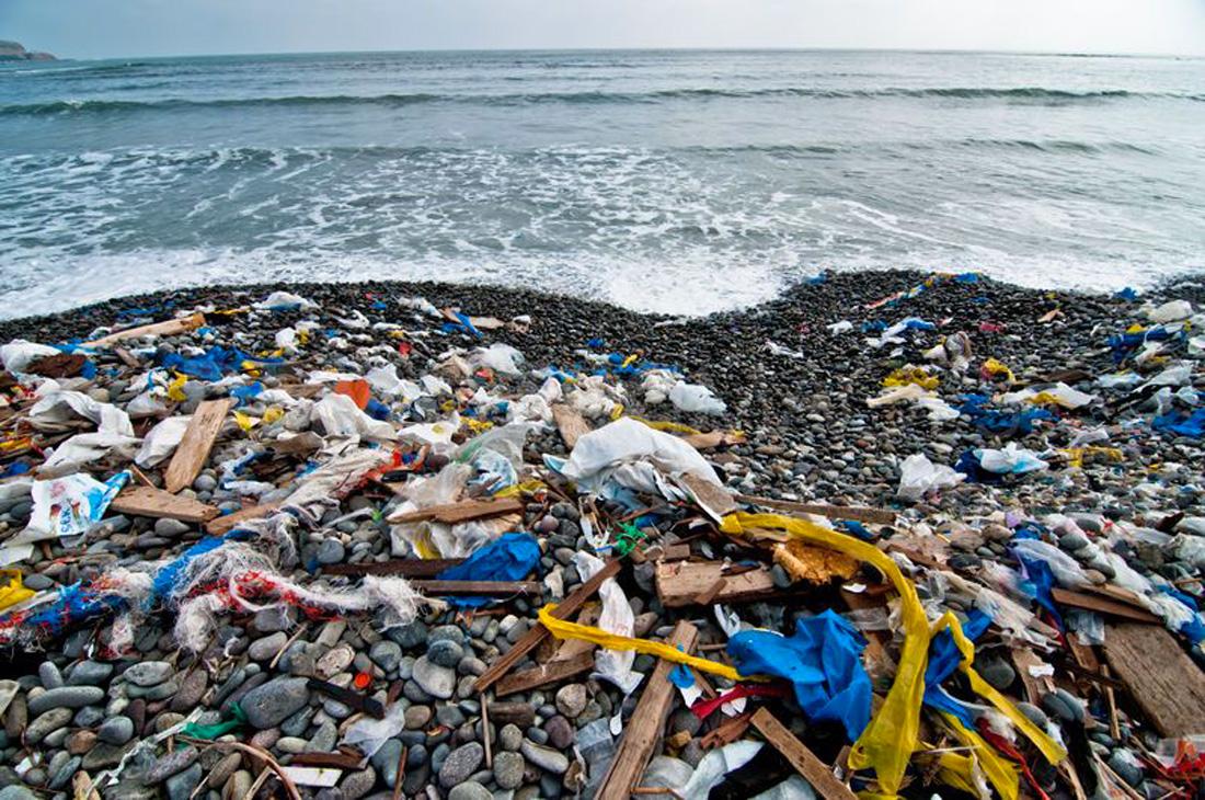 spiagge italiane rifiuti