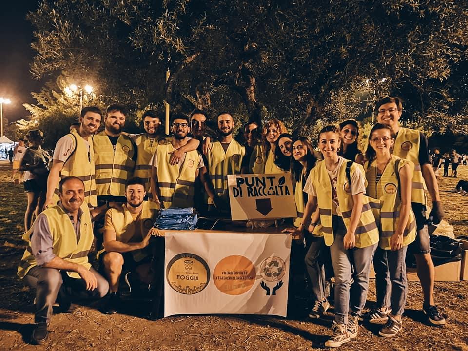 volontari trash challenge al parco