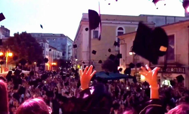 foggia-laureati-in-piazza
