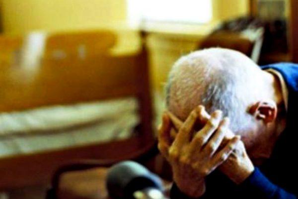 anziano-solo-foggia