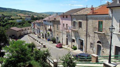 """Photo of Orsara, al via l'Estate Green: escursioni, visite guidate e l'intero paese decorato a festa con """"Orsara in Fiore"""""""