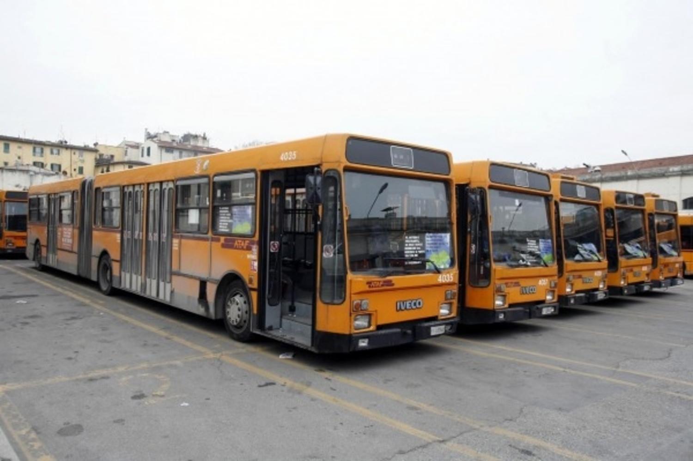 """Foggia, sindacati contro Ataf: """"Che fino hanno fatto i nuovi 29 bus?"""".  L'azienda risponde: """"I primi 11 a fine mese"""" – Foggia Reporter"""