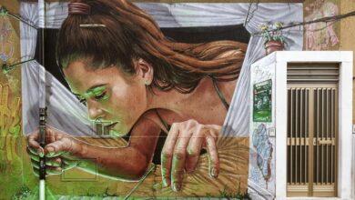 """Photo of 52 murales di artisti internazionali: il """"miracolo di Stornara"""" in una visita virtuale gratuita"""