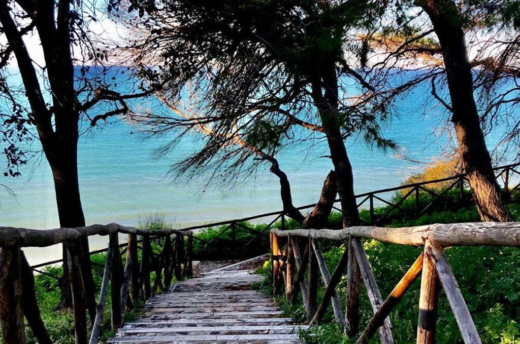 spiaggia-cento-scalini