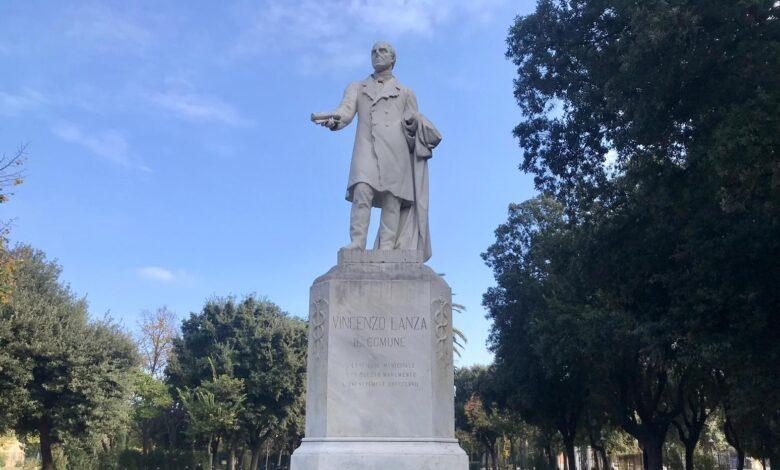 statua lanza