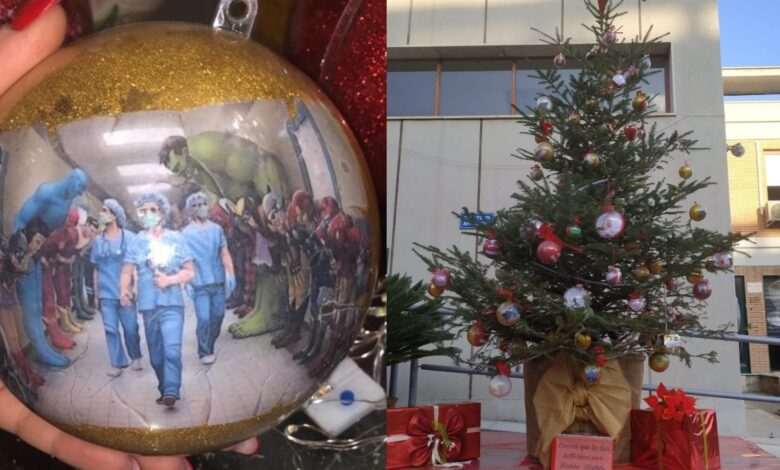 riuniti albero di Natale
