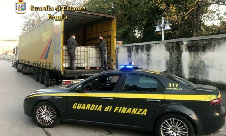 Photo of Sequestrati due depositi abusivi di carburante e 7mila litri di gasolio nel Foggiano: denunciate due persone