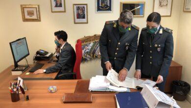 Photo of Documenti contraffatti per simulare compravendita di auto: guai per un professionista del Foggiano