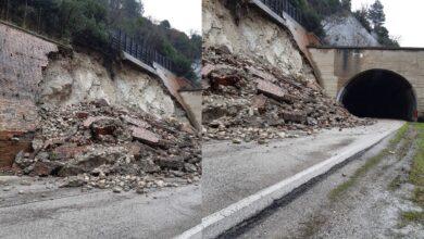 Photo of Orsara, dopo il crollo del muro di sostegno riapre la Statale 90