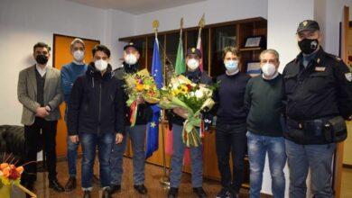 """Photo of Foggia, omicidio Francesco Traiano: fiori per ringraziare i poliziotti dopo l'operazione """"Destino"""""""