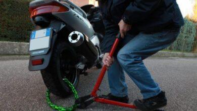 Photo of Foggia, ruba uno scooter ad un ragazzo ma viene fermato dalla Polizia: arrestato