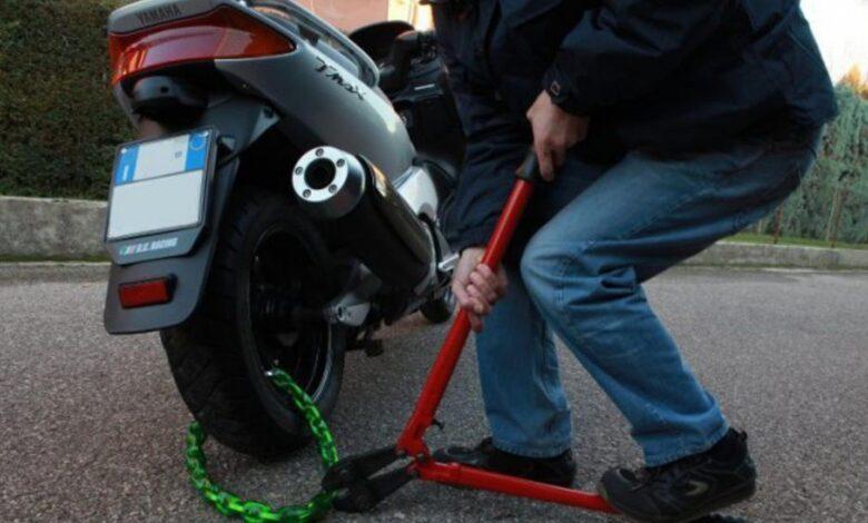 ladro scooter foggia