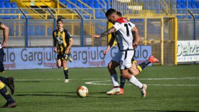 Photo of Juve Stabia-Foggia 3-0. Rossoneri mai in partita, netto successo per le vespe di Padalino