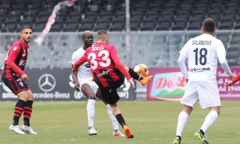 Photo of Palermo-Foggia 1-0. Rossoneri beffati all'81'
