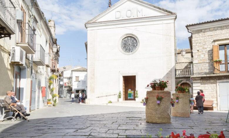 Orsara piazza Municipio new 098