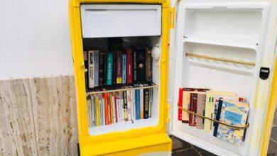 """Photo of A Mattinata i libri si prendono da un frigorifero, arriva il il """"BiblioFrigo"""" per rinfrescare la mente"""