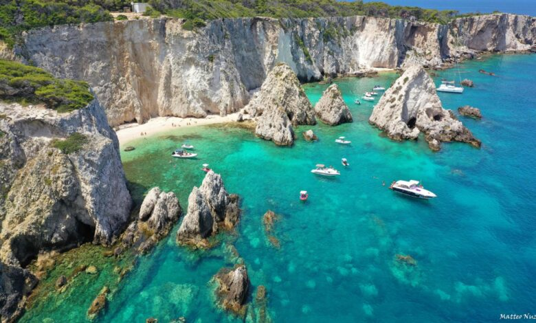 Photo of Baia dei Pagliai, un piccolo paradiso naturale alle Isole Tremiti