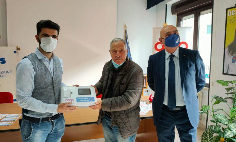 """Photo of Un elettrocardiografo portatile per la sede dell'Avis di Foggia: """"Un sostegno importante"""""""